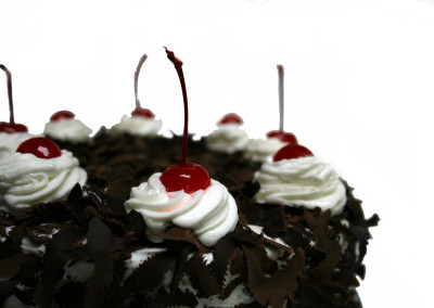 blackforest-cake-german-blackforest-cake-chocolate-sponge-cake
