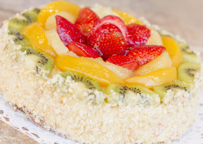 florida-cake-fresh-fruit-cake